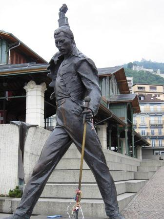 freddie mercury monument