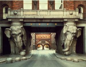 Elefanttiportti noin vuonna 1985
