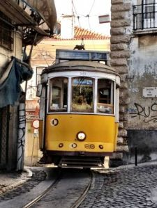 Alfama-Tram