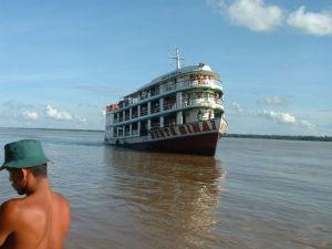 Amazon_boat (1)