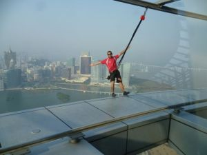 macau tower sky jump