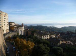 ITALY 4 032
