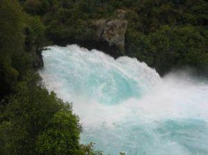 1huka falls