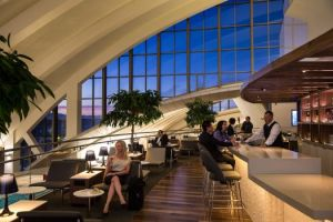 Star Alliance lounge in LAX - Overview internal shot